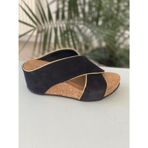 """Copenhagen shoes """"Frances"""" sandal sort suede med guld piping"""