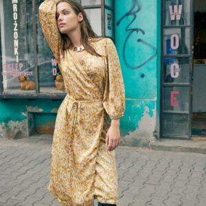 Sisters Point Evea kjole honey art